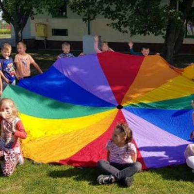 Dzieci podczas dnia przedszkolaka
