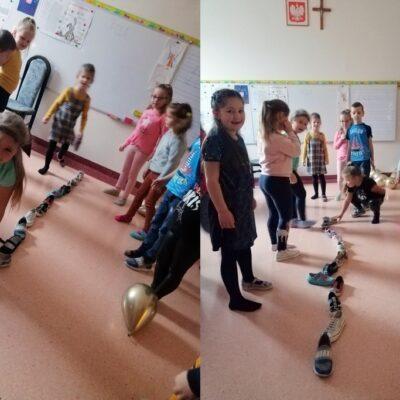 Dzieci z zerówki podczas zabaw andrzejkowych