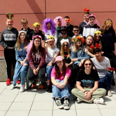 Klasa 8b podczas obchodów szkolnego Dnia Dziecka